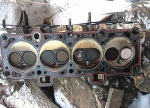 Определение неисправности и замена прокладки ГБЦ на двигателе ВАЗ 2114