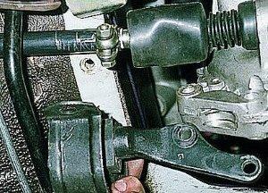 Замена передних и задних подушек двигателя ВАЗ 2114