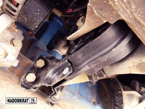 передняя опора двигателя ваз 2114