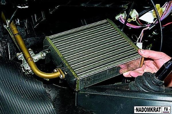 радиатор печки на ваз 2114